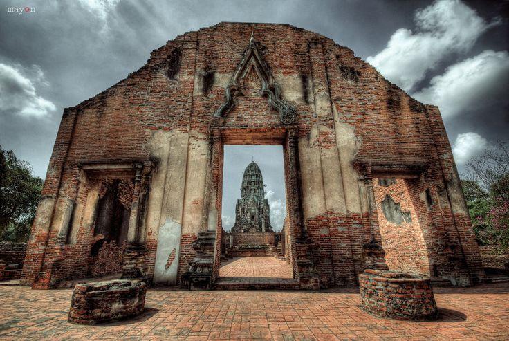 Wat Ratchaburana by mayonzz on DeviantArt