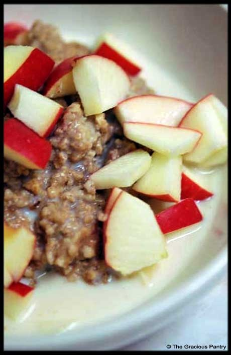I know, I know - I've pinned a ton of oatmeal recipes. Its one of the only breakfast items I can think of that doesn't have eggs....: Clean Eating Recipes, The Oatmeal, Oatmeal Projects, Get Fit, Eating Clean, Cut Oats, Oatmeal Recipes Commitment, 365 Oatmeal, Clean Eating Oatmeal