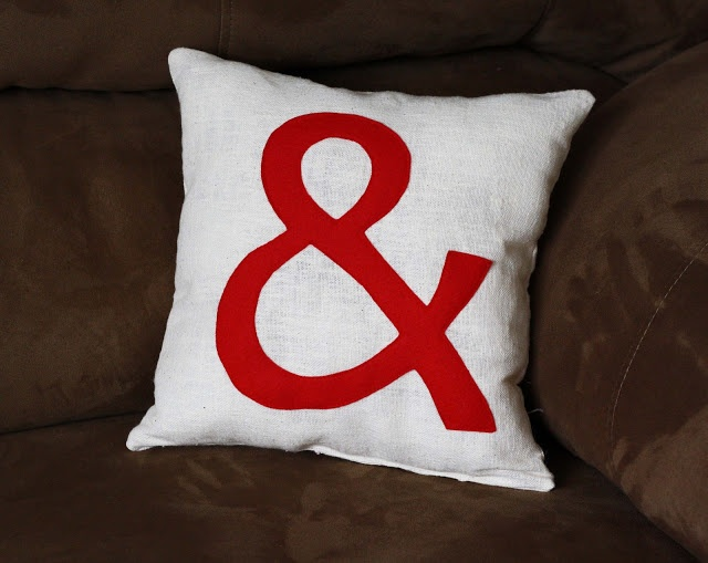 Ampersand pillow found on : ://.running-w-. Sewing Patterns FreeDecor PillowsThrow ... & 17 best Pillows images on Pinterest   Cushions Pillow covers and ... pillowsntoast.com