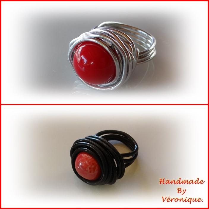 Wire-ringen met rode keramiek kralen
