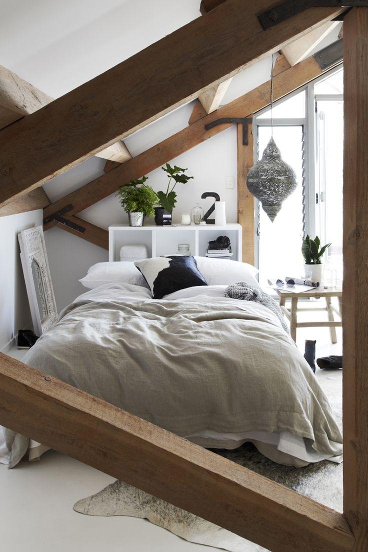 Une chambre cocon sous les combles.