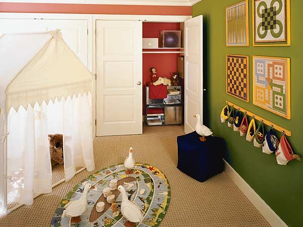 Traditional living room decor myhomeideas com - 1000 Images About Home Kids On Pinterest Shelves