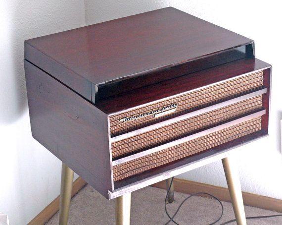 1957 RCA Orthophonic Modern Record Player Restored by allunique