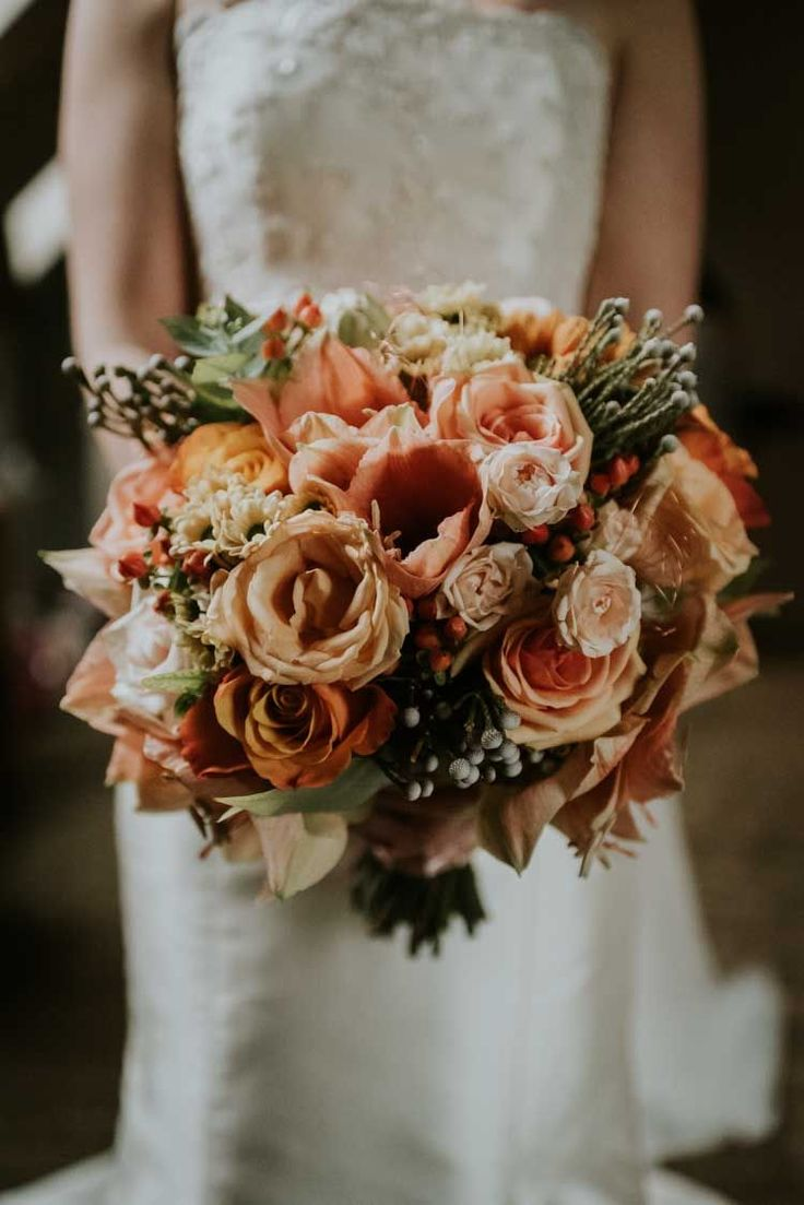 Bouquet Flowers Bride Bridal Pink Coral Rose Gold Autumn Barn Wedding http://www.weddingphotographyincheltenham.co.uk/