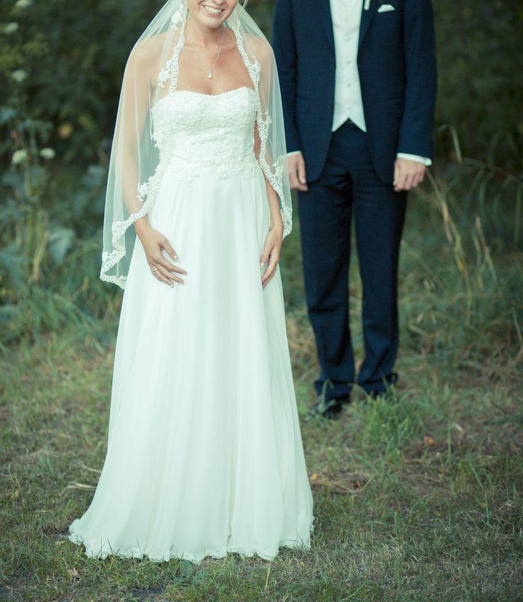 92 best Brautkleider schlicht images on Pinterest   Wedding ideas ...