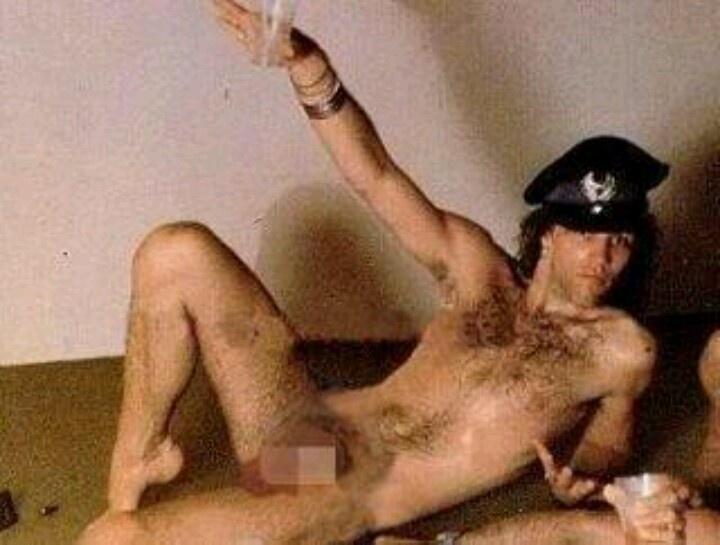 Под джови порно бон