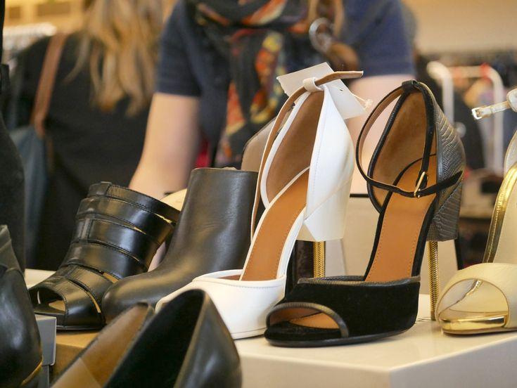Escarpins Balmain, Louboutin, Gucci et pleins d'autres encore ! #Videdressing #Violettesauvage #Escarpins #mode #fashion