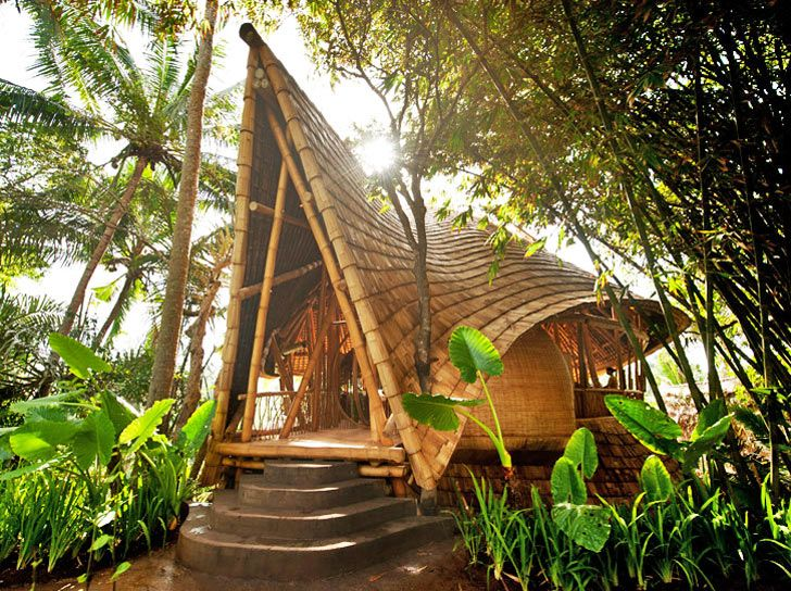 Ibuku Constructs Three Bamboo Homes in Bali's Gorgeous Green V...