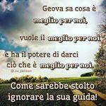 Instagram photo by jw_pensieri - w08 15/4 p. 8 - #jw #jworg #jwitaly #jwitalia #jwpensieri #Geova #Dio #testimonidiGeova #meglio #potere #stolto #ignorare #guida #cielo #nuvole #alberi #strada
