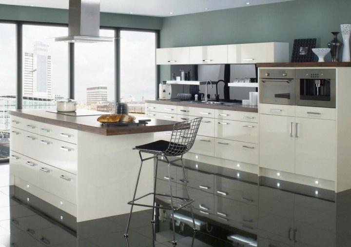 Ανακαίνιση κουζίνας λευκούς τόνους