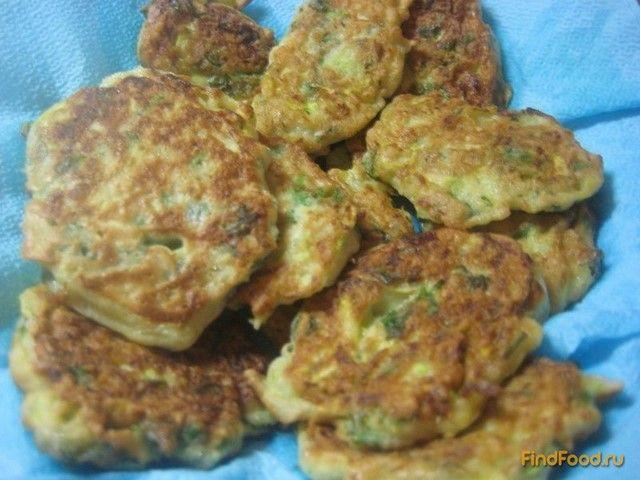 Вкусный рецепт приготовления оладьев из кабачков и кинзы в домашних условиях. Оладьи из кабачков и кинзы рецепт с фото по шагам