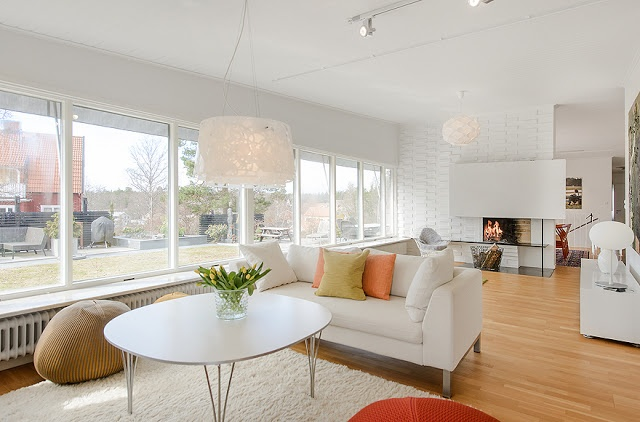 Magnificent Houses * Casas Magníficas - Perfect White Fireplace