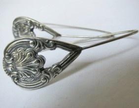 Vintage earrings - Lady Peculiar