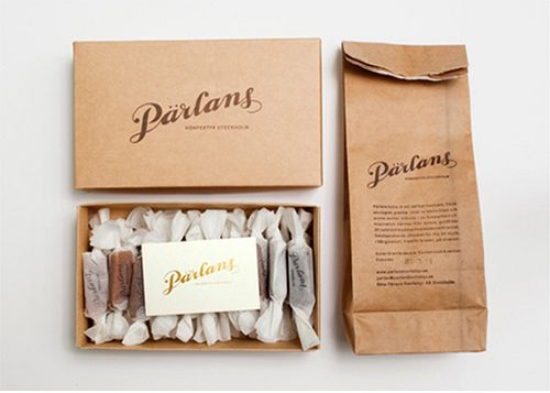 This packaging looks organic and uses a neutral range of colours to go with the theme and keep it simplistic.