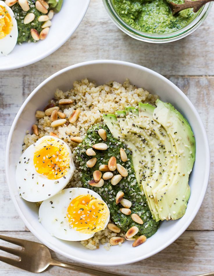 4. Savory Pesto Quinoa Breakfast Bowl #healthy #breakfast #bowls http://greatist.com/eat/breakfast-bowls