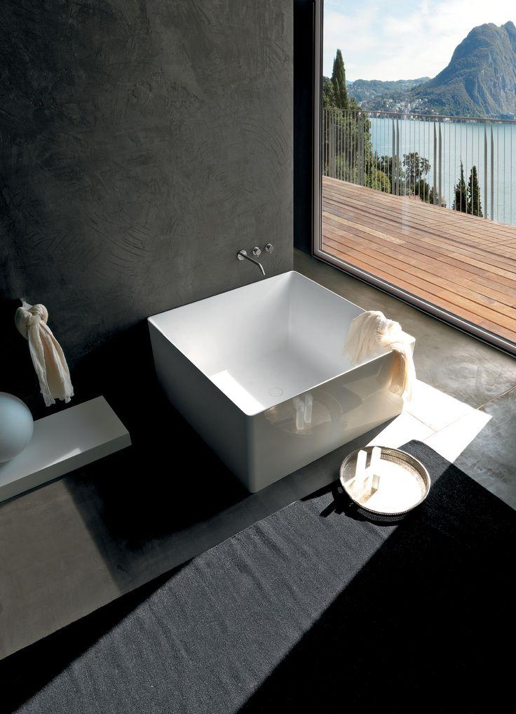 les 14 meilleures images du tableau les baignoires sur pinterest baignoires salle de bain. Black Bedroom Furniture Sets. Home Design Ideas