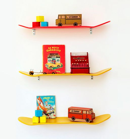 10 Skateboard-inspired spaced with major cool factor // Skateboard deck shelves #decor: Skateboards, Skateboard Shelves, Cute Ideas, Boy Rooms, Cool Ideas, Little Boys Rooms, Diy, Skating Boards, Kids Rooms