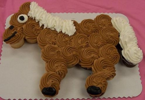 Horse Birthday Cake: Off Cakes, Horse Cupcake, Horses Cupcakes, Parties, Cakes Design, Cupcake Cakes, Hors Cupcakes, Cupcakes Cakes, Birthday Cakes