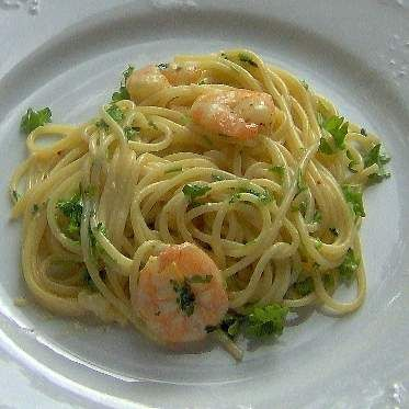 Rezept Zitronen Spaghetti mit Garnelen von Irella - Rezept der Kategorie Hauptgerichte mit Fisch & Meeresfrüchten