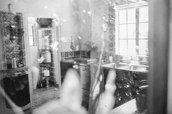 One of these glasses can be seen to the left of Marilyn's kitchen sink in the photo below. This image was taken the day after Marilyn died.  Photo Copyright: Gene Anthony Archives.