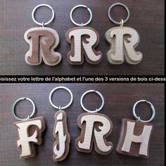 Porte-clés en bois massif lettre de l'alphabet en chantournage