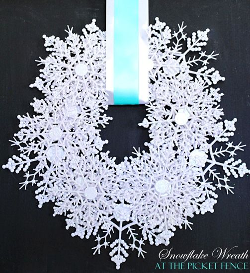 the only snow I will get in LBK: Trees Snowflakes, Snowflakes Wreaths, Dollar Trees, Dollar Stores, Picket Fence, Snowflake Wreath, Christmas Decor, Hot Glue Guns, Diy Christmas