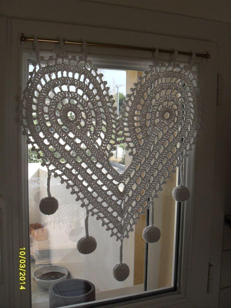 rideau en forme de coeurs au crochet fait main : Décorations murales par tout-au-crochet