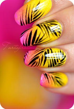 nail art palmier cocotier