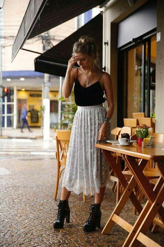Falda y botas