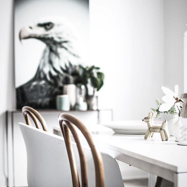★ Krukmakargatan 2 Ansvarig Mäklare: Åsa Von Zweigbergk ———————————————————————— #interior #interiordesign #nordiskahem #södermalm #home #realeatate #livingroom #scandinavianhome #interiordecor #interiØr #bedroom #photooftheday #interior4all #interiors #interior123 #design #room #roomforinspo #instahome #skandinaviskehjem #m #interiorforyou #interiordetails #instagood #retro #vintage #homedecore #homesweethome #instaday