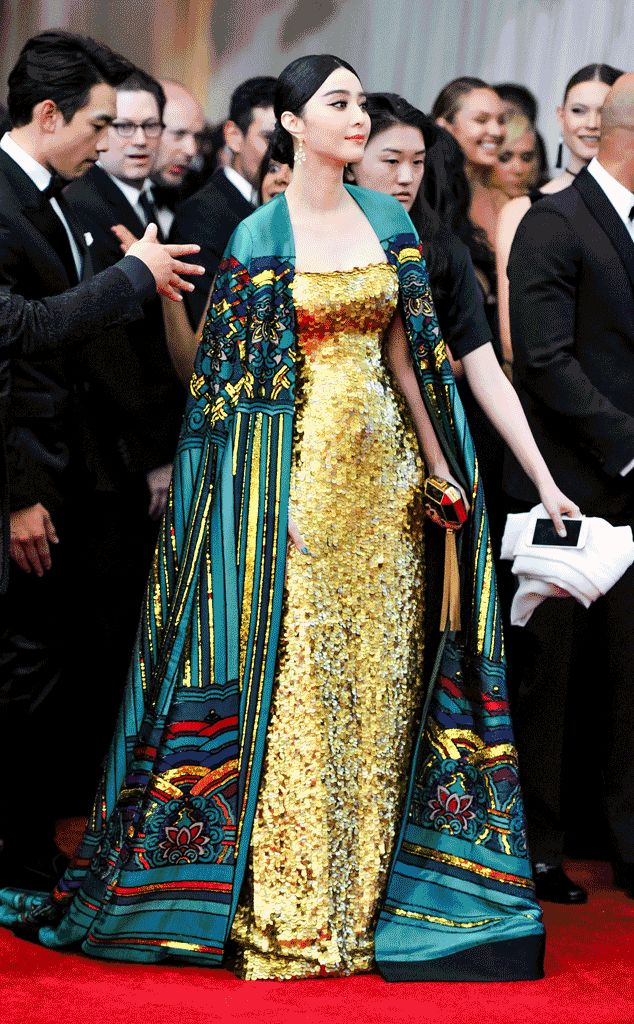 Here Are the Only GIFs You Need To See From the 2015 Met Gala?The Best Red Carpet Dresses From Every Angle!   E! Online Mobile