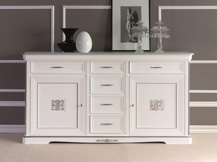 Credenza con porte e cassetti centrali, laccato bianco e dettagli foglia argento, possibili altri colori e foglia oro. #classico #furniture