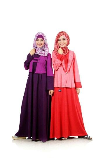 Sahabat Mutif, warna apakah yang biasanya jadi pilihan Sahabat Mutif dalam memilih busana muslim favorit untuk digunakan sebagai teman beraktifitas sehari-hari? Warna gelap atau warna terang? Dan adakah alasan khusus dibalik pemilihan warna tersebut?  Yuk share bersama Mutif di #FashionMutifWeek kali ini! :D #FashionMuslim #BusanaMuslim #GayaMuslimah  www.mutif.id - www.mutif.co