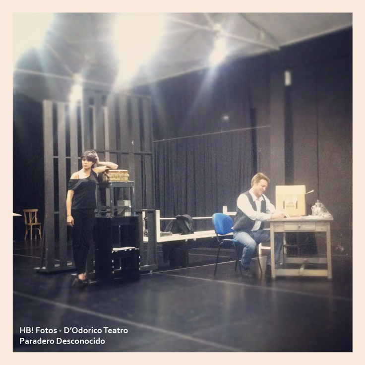 Ensayos. Juanjo Artero y Sara Casasnovas. #Teatro #Madrid #ParaderoDesconocido