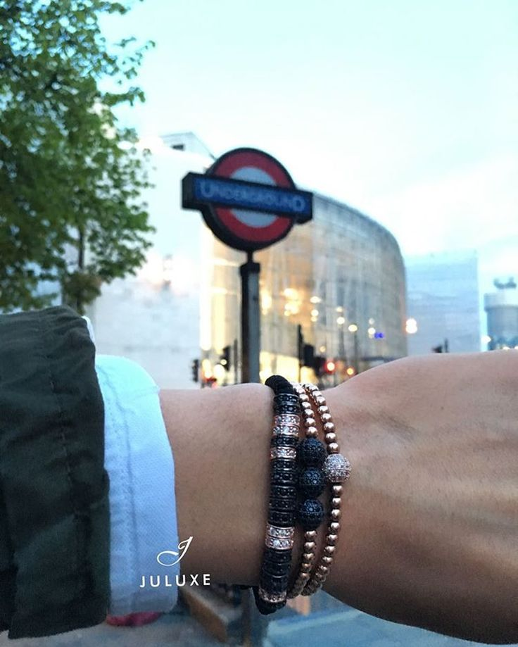 Hello London, our popular 18kt rose gold Juluxe bracelets. All available on juluxe.com #juluxe #juluxeworld #mensfashion #mensbracelets #rosegold #gentsfashion #london
