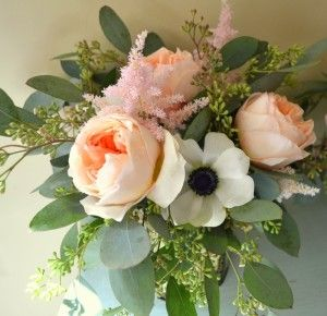 Pink Peach rose and black and white anemone.: White Anemones, Landscape Gardens Flower, Peaches Roses, Black And White, Peach Rose, Flower Arrangements, Pink Peaches