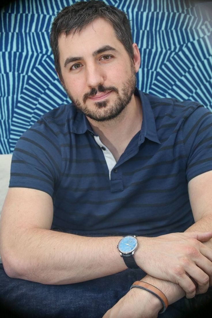 """Kevin Rose Explains How He Got Into High-End Watches & Making The Watchville App For iOS & Android - by Ariel Adams - today on aBlogtoWatch.com """"Now in his late 30s, internet entrepreneur, founder of Digg.com, and Google Ventures start-up savant Kevin Rose is growing up. Meeting with him in Los Angeles in November 2014, he talks about juggling a work-life balance, looking back on his career to identify trends in technology..."""""""