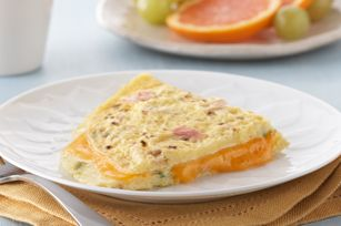 Cheesy Ham Omelet recipe this looks so yummy