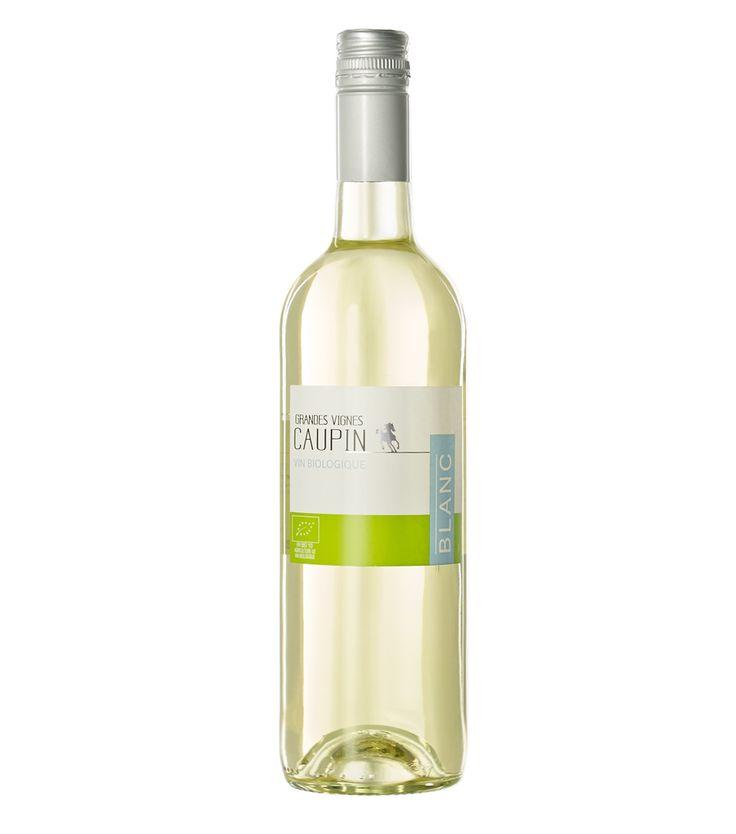 <p>Bijzonder prettige chardonnay zonder houtrijping. Lichtkruidig, subtiel fruit. Sappige, romige aanzet met wat kruidigheid, beschaafde zuurgraad. Geen hout en evenwichtige structuur. Deze wijn is ruim inzetbaar.</p>