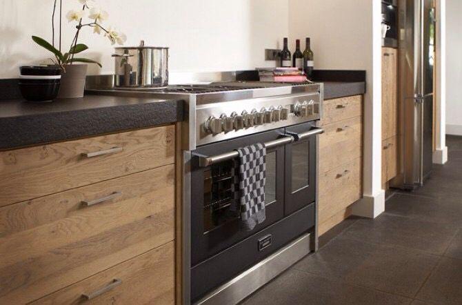Mooie combinatie keuken met tegelvloer