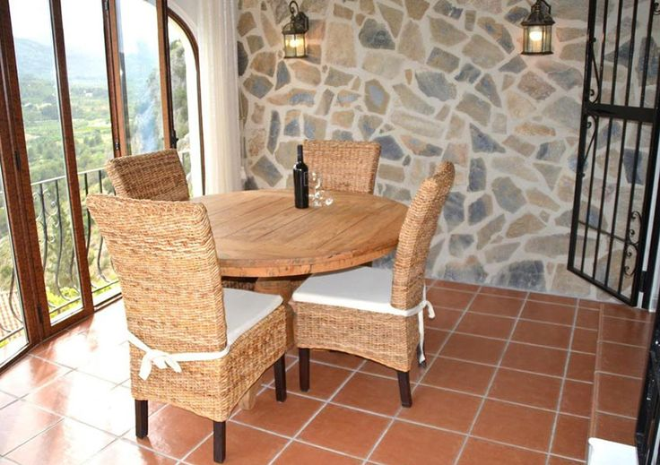 Amazing view from the covered terrace with table for 4, accessible from the living area of the Vive Tu Sueño villa