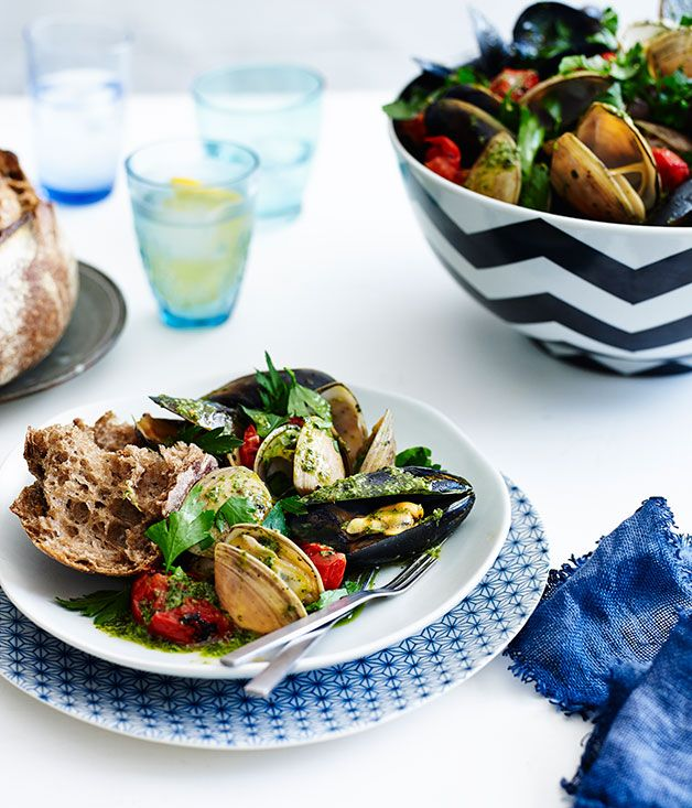 Mussels and clams with grilled tomatoes, butter and herbs :: Gourmet ...