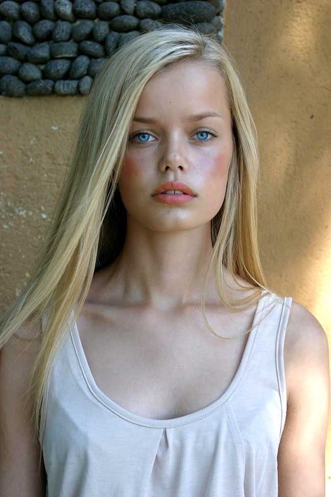 Frida Aasen - German Model A Very Germanic Face Lovely -7370