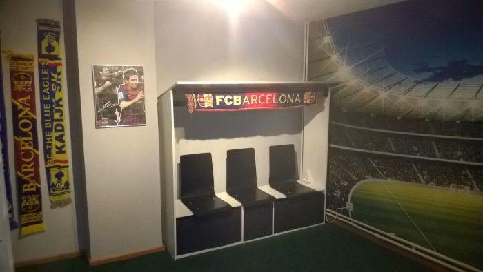 Meer dan 1000 idee n over voetbal kamer op pinterest voetbal slaapkamer en sport decor - Kamer kleur man ...