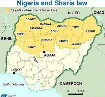 Baga, ciudad del estado de Borno en el norte de Nigeria, comenzó el 2015 casi borrada del mapa. En una serie de incursiones, la milicia integrista Boko Haram asesinó a una gran parte de sus habitantes. Quienes han podido huir, a pie o en improvisadas balsas, hablan de un escenario donde los muertos se […]