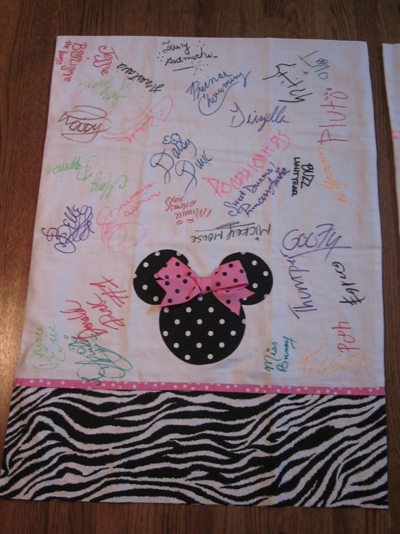 Super cute idea!!Disney Trip Character Autograph Souvenir Pillowcase.... OH, I like this so much better than the traditional autograph book!!!