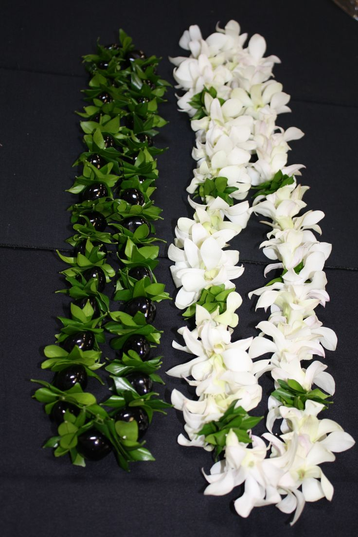 Kukui Nut and Mock orange leaf lei & white Dendrobium ...