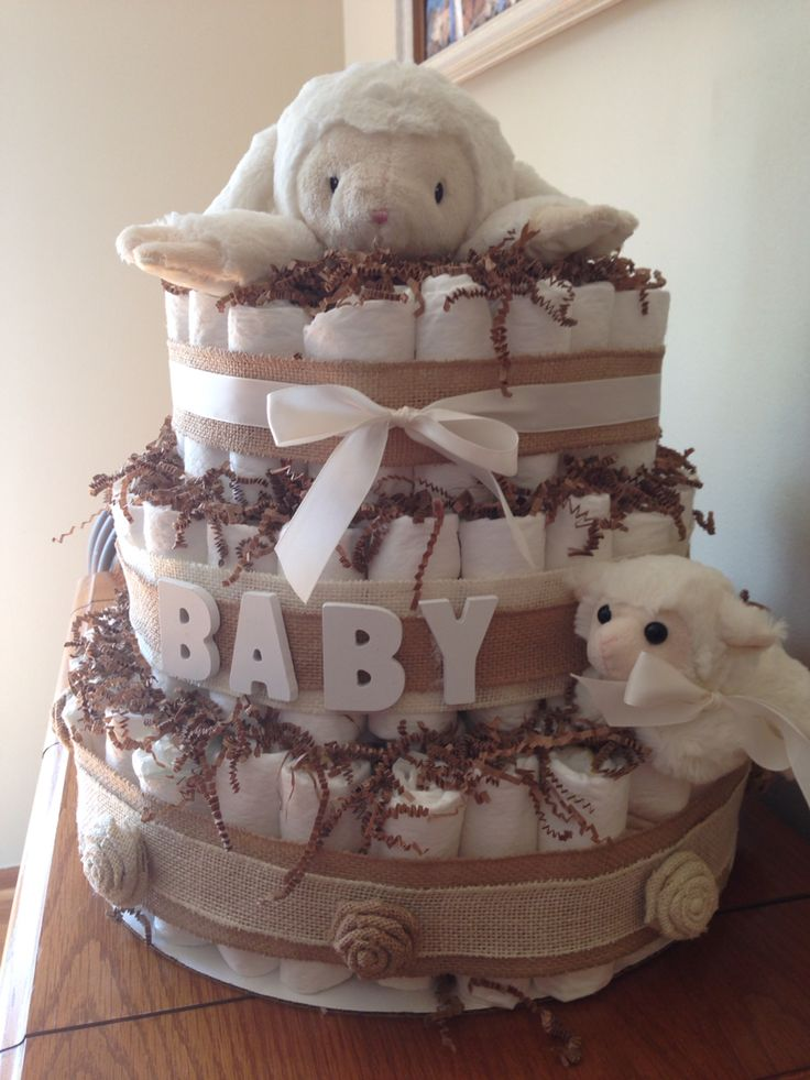 Little lamb Diaper Cake