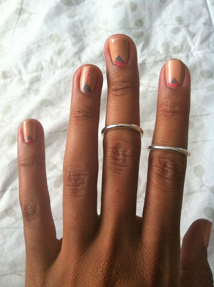 Knuckle rings and nails