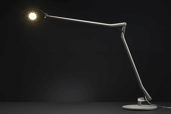 Designed by Parisian designer Patrick Jouin, the ATO Desk Lamp is an extraordinary attempt at creation which attempts to emulate the joints of the human body and their fluid movements. Designed for KOS Lighting, the ATO Desk Lamp is inspired by the simplicity of an external design that is complemented by an equally complex internal mechanism.